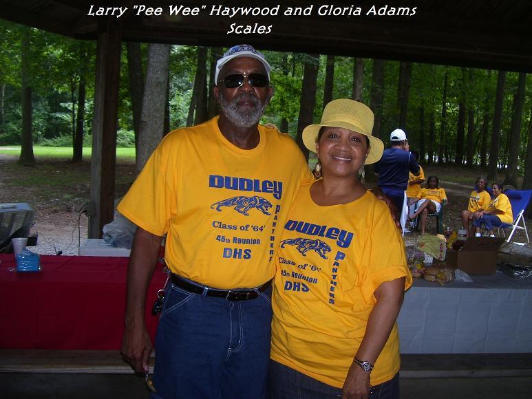Summer_2009_080[1].jpg Larry and Gloria